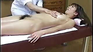 Japanese Lecherous Massage To  Hairy Girl