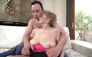 Nasty granny Malya rides a fat cock like there is thimbleful tomorrow