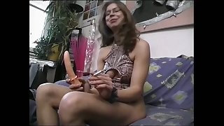 I don't understand girls with hairy pussies and this slut loves to fuck