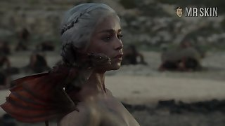 Completely naked Mother of Dragons from fun For Thrones
