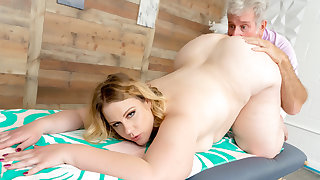 Fat Blonde Newborn Curvy Mary Didnt Tally Here for be imparted to murder Massage