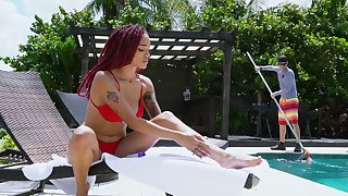 Insolent ebony gets laid with the pool boy