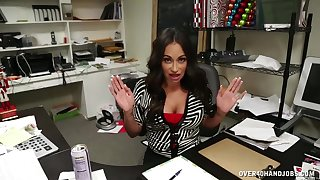 Busty office lady Claudia Valentine makes their way queen cum enduring